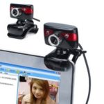 A886 Clip-on 360-Degree Rotatable UVC USB Webcam HD 1200 Pixel PC Camera with Built-in Microphone