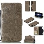 Imprinted Lace Flower Style Leather Wallet Casing for Xiaomi Mi CC9e / Mi A3 – Brown