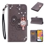 Rhinestone Decoration Imprint Owl Leather Wallet Stand Phone Cover Shell for Samsung Galaxy A01 – Brown