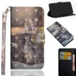 Light Spot Decor Patterned Leather Wallet Case for Motorola Moto E6s (2020) – Cat and Reflection in Water