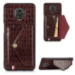 Crocodile Texture Card Holder Stand PU Leather Coated TPU Cover for Xiaomi Redmi Note 9S / Redmi Note 9 Pro / Redmi Note 9 Pro Max – Brown