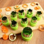1 Set Stainless Steel Biscuit Mold Vegetable Fruit Cookie Cutter Pastry Baking Mold – Green